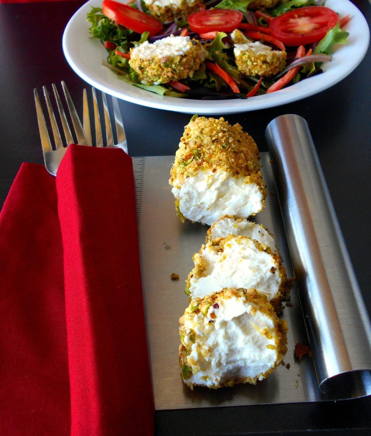 Cardamom and Pistachio Crusted Goat Cheese Salad. Simple, healthy salad. Easy lunch recipe for anytime. Quick dinner recipe.
