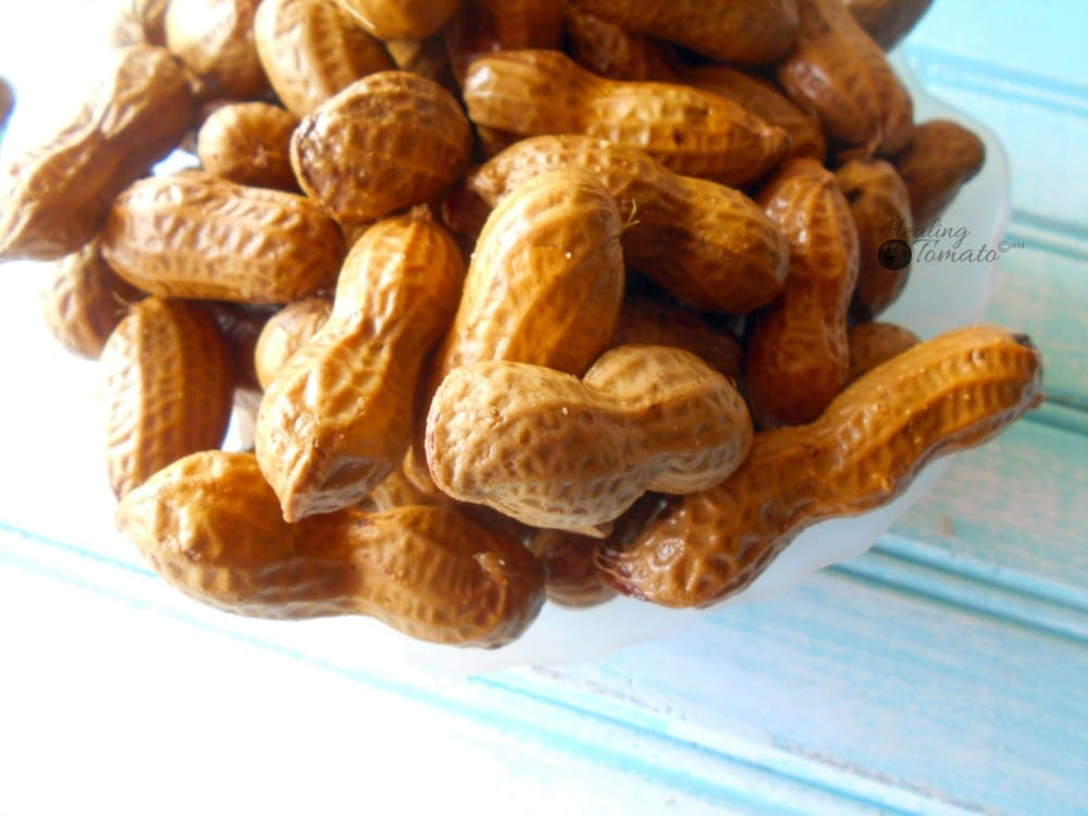 Boiled Peanut Recipe - perfect healthy snack with holiday flavors. This slow cooked boiled peanuts are a perfect holiday snack idea. Set the cooker in the corner and let your guests eat from eat. Quick snack idea.