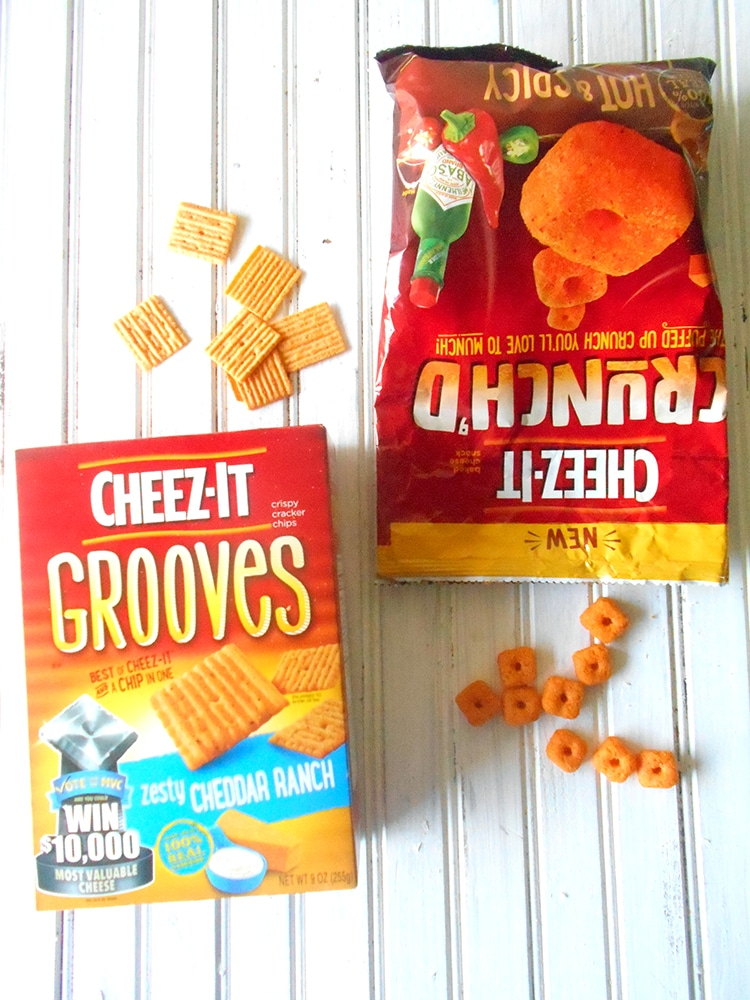 overhead view of cheez-it grooves and cheez-it crunch'd for mini mac 'n cheese pizza