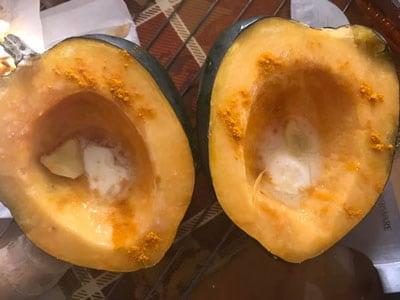 turmeric sprinkled over acorn